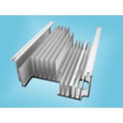 型材散热器多少钱、散热器、镇江豪阳